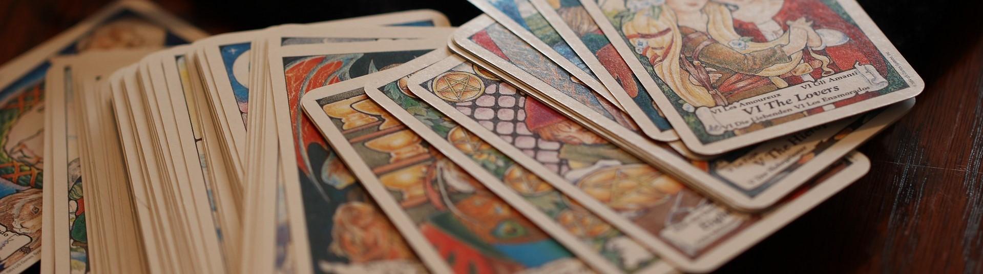 Image of tarot cards