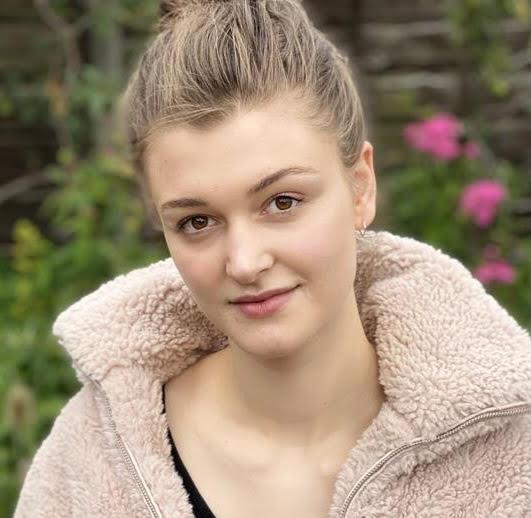 Image of Amy Deighton